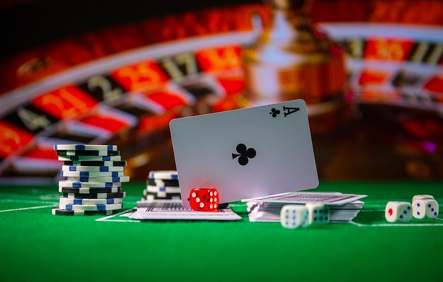 Benefits of playing the online casino games with acewin8