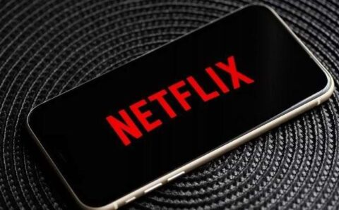 Top 5 Netflix Shows That You Can Watch on a Boring Saturday Night